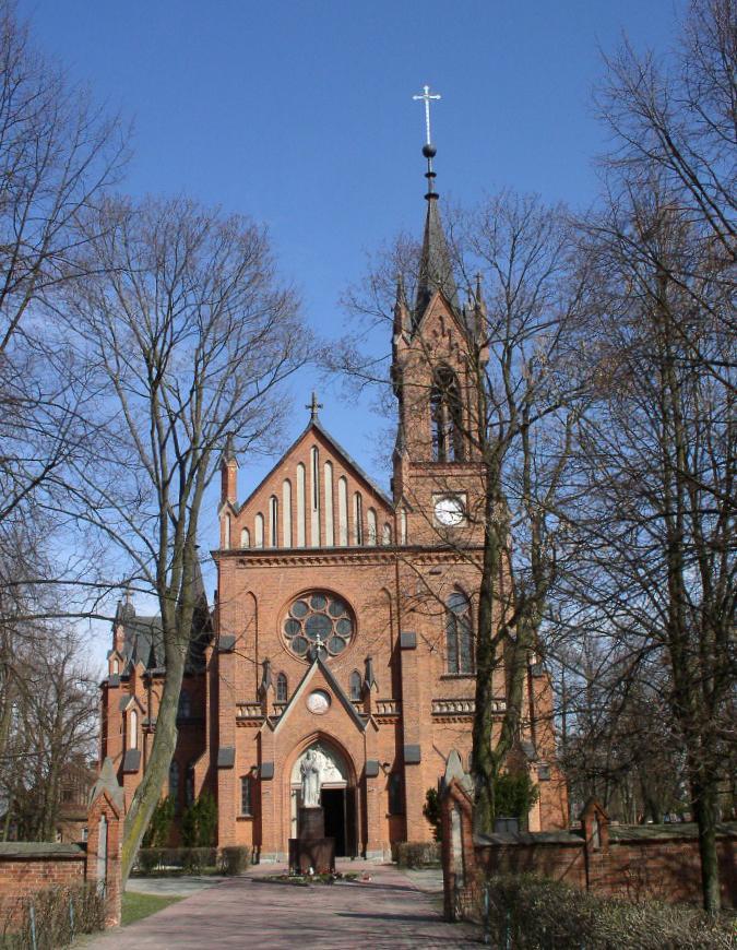 Obecny Kościół w Komarówce Podl. pw. św. Piotra i Pawła. fot. JW